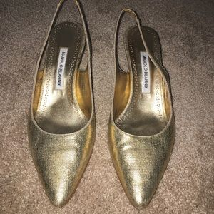 Maniki Blahnik gold sling backs size 39